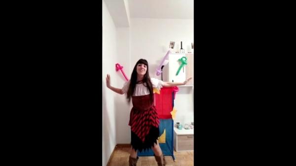 Divertida coreografía moderna niños